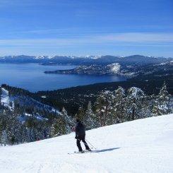Skiing Diamond Peak